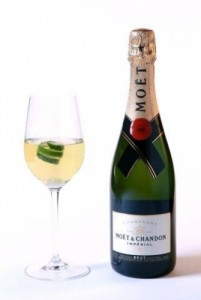 wine_glass_and_bottle_-_chandon