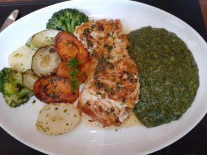 MARRETIMO - Robalo legumes e creme espinafre