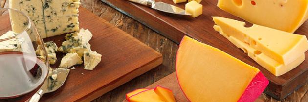 Noite de queijos e vinhos – em casa